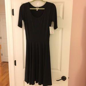 NWT Lularoe Nicole Black Dress- Small